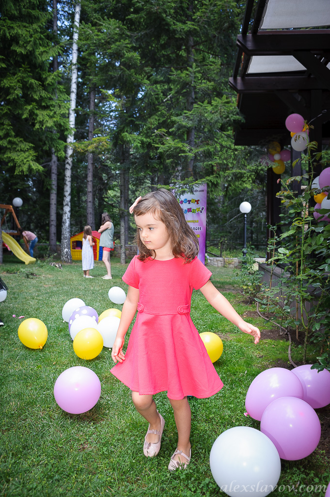 детски-фотограф-парти-слон-балон